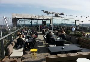 Sky Lounge terras